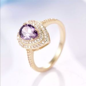 Jewelry - 18k gold amethyst sapphire ring